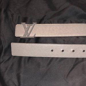Louis Vuitton Taiga LV initials Belt